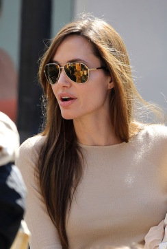 angelina-crew-neck